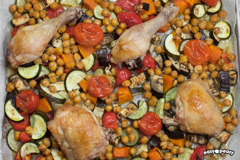 Pollo con ceci e verdure.